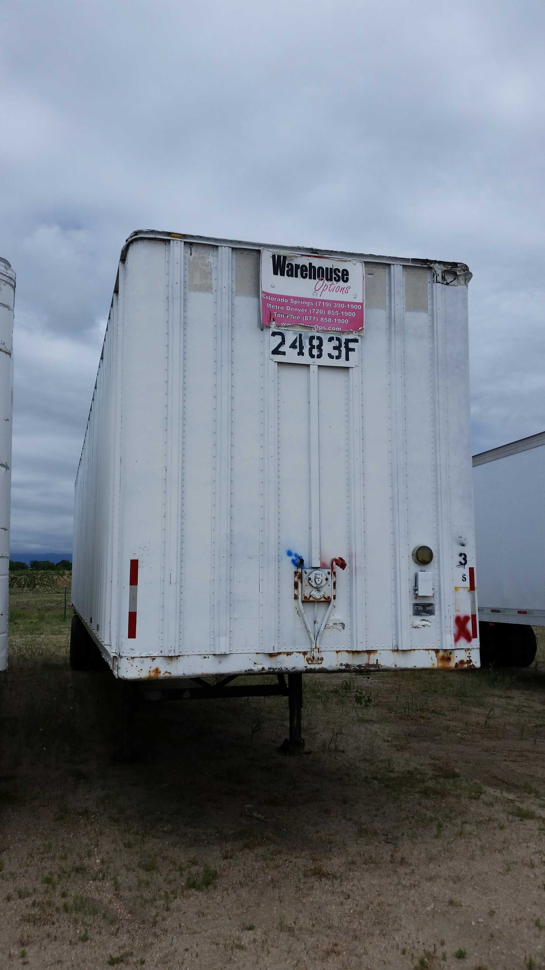 Commercial Trailer Unit : Fruehauf foot semi trailer reduced to